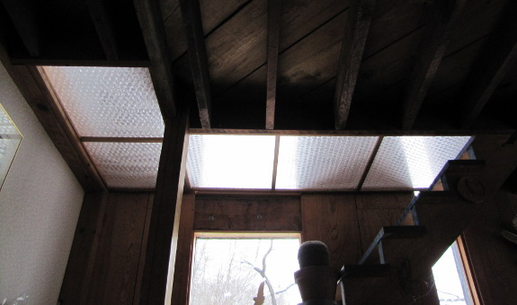 Blocking off the attic with bubble wrap panels