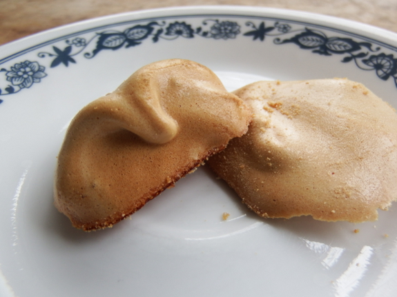Maple syrup meringues